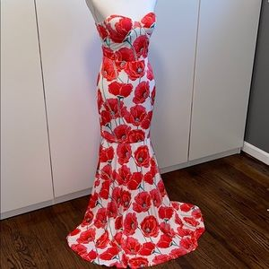 NWOT Banjul Mermaid Style Floral Strapless Gown